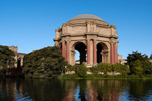 Palace of Fine Arts. San Francisco, California, USA. - Photo #3424