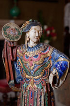 Chinese glazed figures in the reception room. Filoli gardens house, California. - Photo #24626
