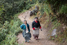 Women traveling to Taktshang Goemba. Paro Valley, Bhutan. - Photo #24258