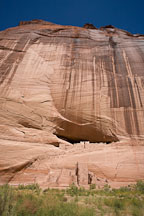 The White House Ruins are set into the cliff face. Canyon de Chelly NM, Arizona. - Photo #18226