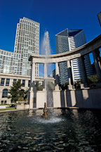 Wrigley Square and Millennium Monument (Peristyle). Chicago, Illinois, USA. - Photo #10426
