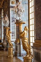 Gilded sculpted gueridons at the Hall of Mirrors. Versailles, France. - Photo #31727