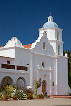 San Luis Rey Mission Church, Oceanside, California. - Photo #26634