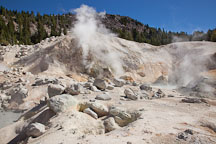 Fumaroles at Bumpass Hell. Lassen NP, California. - Photo #27083