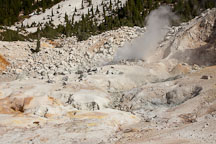 Steam rising from fumarole at Bumpass Hell. Lassen NP, California. - Photo #27072