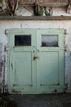 Green doors. Alcatraz, California. - Photo #28903