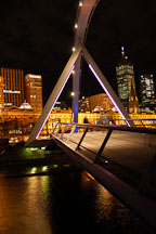 Footbridge across the Yarra river. Melbourne, Australia. - Photo #1540