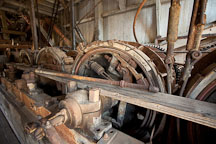 Control system of cables, pulleys, and wheels. Sumpter Dredge. - Photo #27730