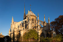 Exterior of the apse at Notre Dame Cathedral. Paris, France. - Photo #30930