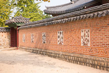 The Jagyeongjeon wall is decorated with floral designs. - Photo #21030