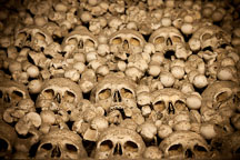 Bones stacked loosely in the ossuary. Sedlec, Czech Republic. - Photo #29818