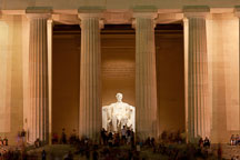 Lincoln Memorial at night. Washington, D.C. - Photo #29386