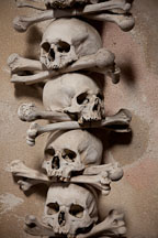 Skull and bones. Sedlec bone church. - Photo #29779