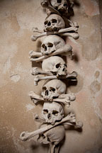 Skull and crossbones. Sedlec bone ossuary. - Photo #29827