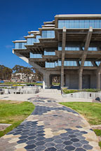 Geisel library at UC San Diego. - Photo #26531