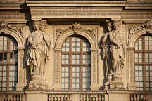 Caryatids on Pavillon Sully. Louvre, Paris, France. - Photo #31611