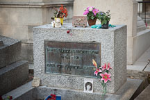 Jim Morrison's grave at Pere Lachaise cemetery. Paris, France. - Photo #31412