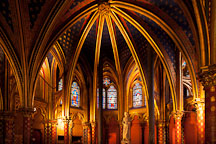 Lower chapel at Sainte Chapelle. Paris, France. - Photo #31484