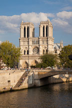 Notre Dame Cathedral and the Seine. Paris, France. - Photo #31303