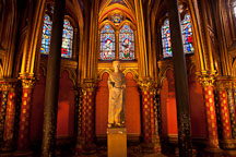 Lower chapel at Sainte Chapelle. Paris, France. - Photo #31436