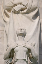 Angel on the prow of the Christopher Columbus Memorial Fountain at Union Station. Washington, D.C., USA. - Photo #11234