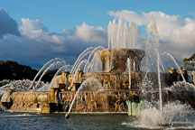 Buckingham Fountain. Chicago, Illinois, USA. - Photo #10534