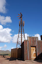 Windmill. Goldfield, Phoenix, Arizona, USA. - Photo #5535