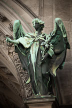 Angel at the Berlin Cathedral. Berlin, Germany. - Photo #30638