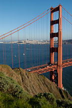 North tower of the Golden Gate Bridge. San Francisco, California. - Photo #2765