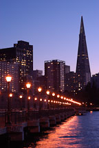 Pier 7 and Transamerica pyramid. San Francisco, California. - Photo #2036