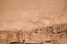 Antelope House pictographs. Canyon de Chelly NM, Arizona. - Photo #18140