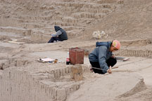 Excavation at Huaca Pucllana, an adobe pyramid. Lima, Peru. - Photo #8741