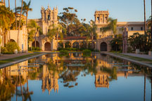 Reflecting pool and Romaneque colonnade. Balboa Park, San Diego. - Photo #26645