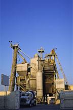 Cement factory on La Brea avenue. Los Angeles, California. - Photo #47