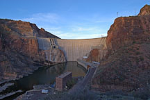 Theodore Roosevelt Dam. Apache Trail, Arizona, USA. - Photo #5649