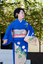 Japanese classical dance: Nihon Buyo Kiyonomoto Ryu. Cherry blossom festival, Japantown, San Francisco, California, USA. - Photo #3631