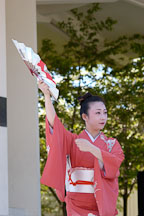 Japanese classical dance: Nihon Buyo Kiyonomoto Ryu. Cherry blossom festival, Japantown, San Francisco, California, USA. - Photo #3639