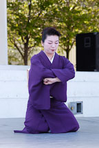 Japanese classical dance: Nihon Buyo Kiyonomoto Ryu. Cherry blossom festival, Japantown, San Francisco, California, USA. - Photo #3640