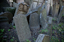 Gravestones jumbled together in the Jewish Cemetery. Prague, Czech Republic. - Photo #29551