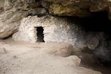 Entrance to Sinagua cliff dwelling. Montezuma Well, Arizona. - Photo #17753