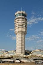 Control tower at Ronald Reagan National Airport. Washington, D.C., USA. - Photo #12855