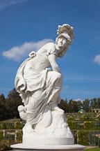 Sansoucci garden sculpture. Potsdam, Germany. - Photo #30456