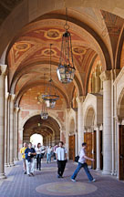 Students at Royce Hall. University of California, Los Angeles, California, USA. - Photo #6356