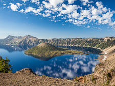 Crater Lake with caldera rim and Wizard Island. - Photo #27457