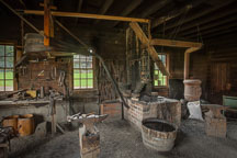Blacksmith shop. Living history farms. - Photo #32958