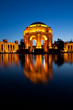 Reflection of the Rotunda. Palace of Fine Arts, San Francisco, California. - Photo #28958