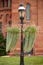 Old streetlamp outside the Smithsonian Castle. Washington, D.C. - Photo #29359