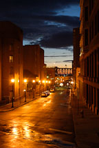 Alley at dusk. Cleveland, Ohio, USA - Photo #4258