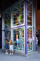 Girls examing the billiard ball display at the Tech Museum. San Jose, California, USA. - Photo #4855