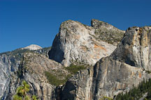 Cathedral rocks. Yosemite National Park, California, USA. - Photo #4692